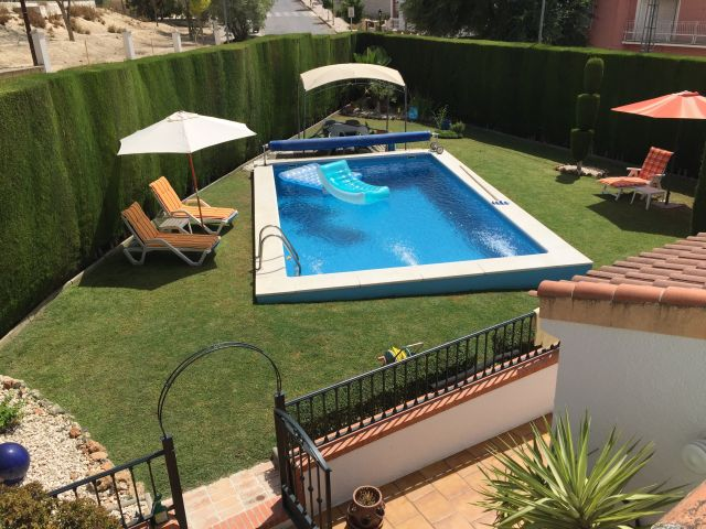 Casa de tres dormitorios con piscina
